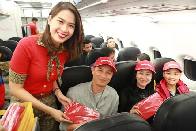 Vietjet tiên phong khai trương hai đường bay thẳng từ Việt Nam tới New Delhi (Ấn Độ) - 2