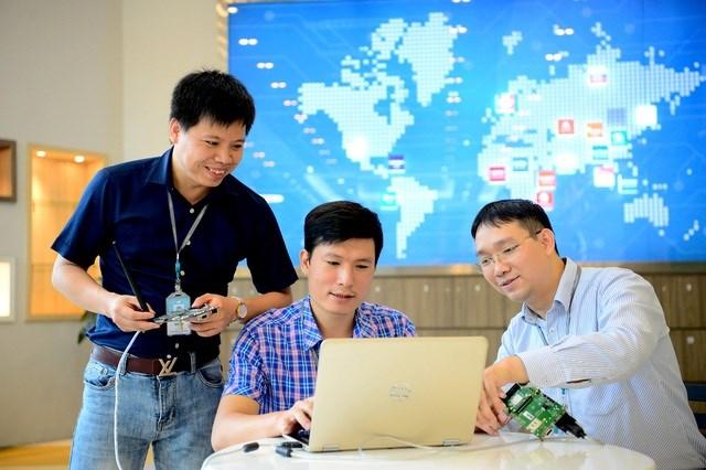 Viettel nằm trong top 3 doanh nghiệp có lợi nhuận tốt nhất Việt Nam 3 năm liên tiếp - 1
