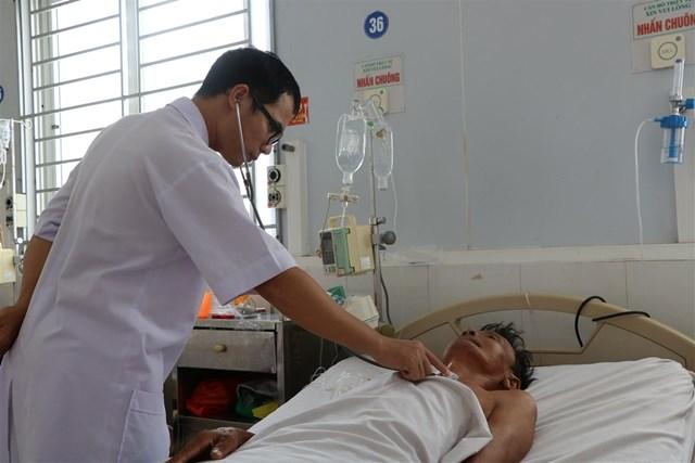 Hà Tĩnh: Nhiễm 'vi khuẩn ăn thịt người', một lão nông nhập viện