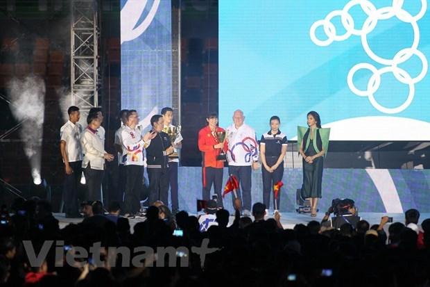 Việt Nam nhận cờ đăng cai SEA Games 31 từ Philippines - 2