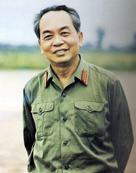 Bốn Bộ trưởng Quốc phòng đầu tiên trong chính thể mới: Tự rèn luyện mà thành - 2