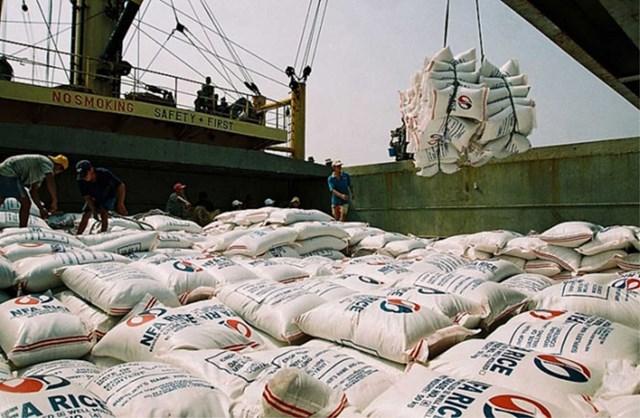 Điều hành xuất khẩu gạo: Thủ tướng yêu cầu Bộ Công Thương 'nghiêm túc rút kinh nghiệm'