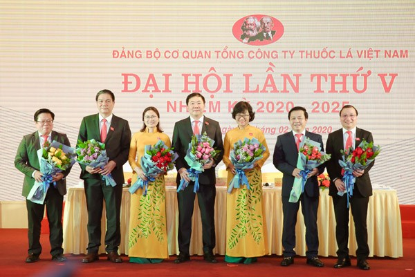 Đảng bộ Cơ quan TCT Thuốc lá Việt Nam: Đoàn kết thống nhất, gương mẫu trách nhiệm, tư duy sáng tạo, hành động hiệu quả - 2