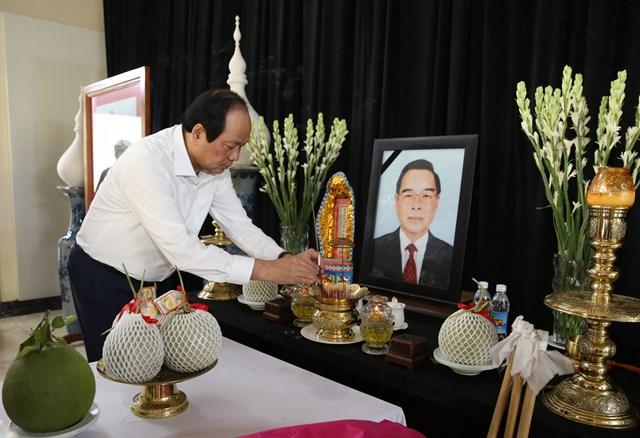 Bộ trưởng, Chủ nhiệm VPCP chúc Tết nguyên lãnh đạo Đảng, Nhà nước - 5