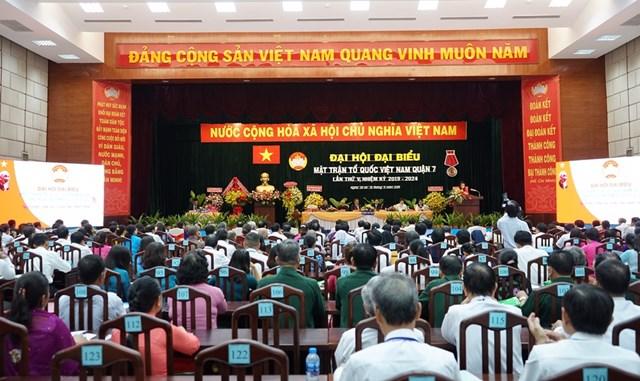Ông Nguyễn Dũng Hùng được bầu giữ chức Chủ tịch Mặt trận quận 7 - 1