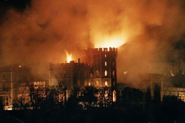 Điểm lại những vụ hỏa hoạn thiêu rụi các di sản văn hóa thế giới - 7