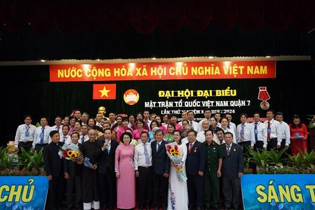 Ông Nguyễn Dũng Hùng được bầu giữ chức Chủ tịch Mặt trận quận 7 - 2