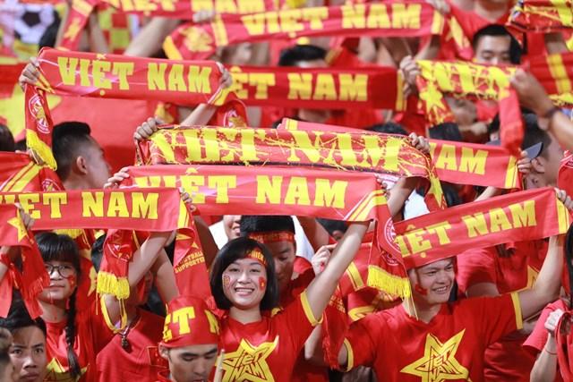 [ẢNH] Việt Nam – Campuchia: Trước giờ bóng lăn - 1