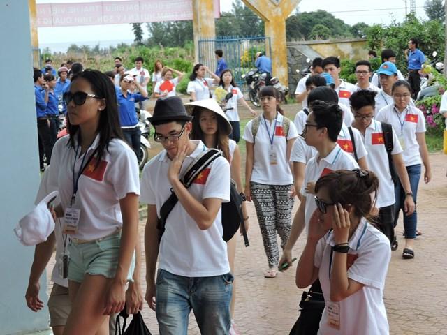 Rất đông du khách thăm đảo Lý Sơn đầu năm mới