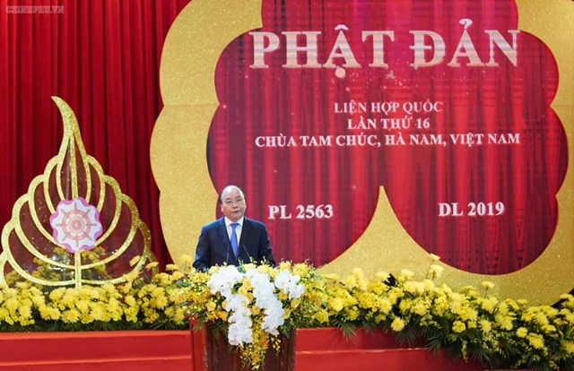[ẢNH] Thủ tướng Nguyễn Xuân Phúc dự Lễ Khai mạc Đại lễ Vesak 2019 - 4