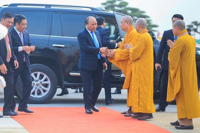 [ẢNH] Thủ tướng Nguyễn Xuân Phúc dự Lễ Khai mạc Đại lễ Vesak 2019