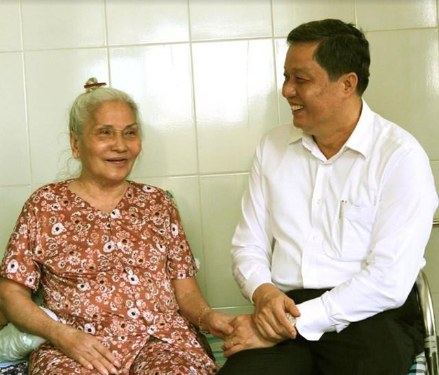 Tri ân Mẹ Việt Nam Anh hùng, gia đình thương binh liệt sỹ, người có công tại Cần Thơ