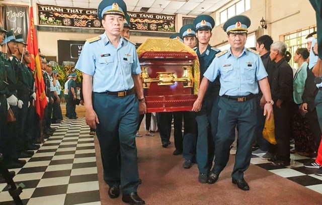 Khánh Hòa: Lễ truy điệu 2 phi công hy sinh khi đang huấn luyện - 2