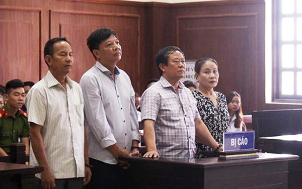 Tăng án 2 vợ chồng chủ công ty Ngọc Hưng buôn lậu gỗ trắc lớn nhất miền Trung