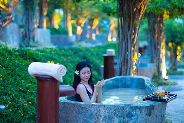 Khánh Hòa: Khai trương khu tắm bùn khoáng Merperle Hòn Tằm
