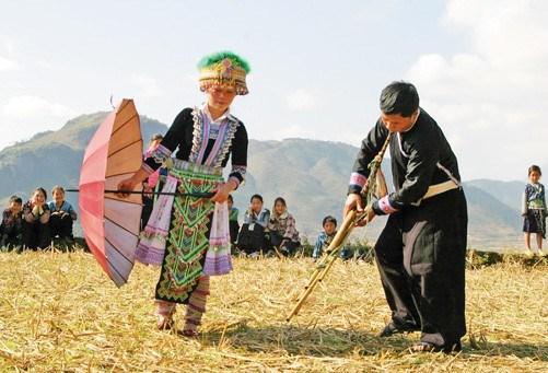 Sắc màu văn hóa dân tộc Mông Yên Bái