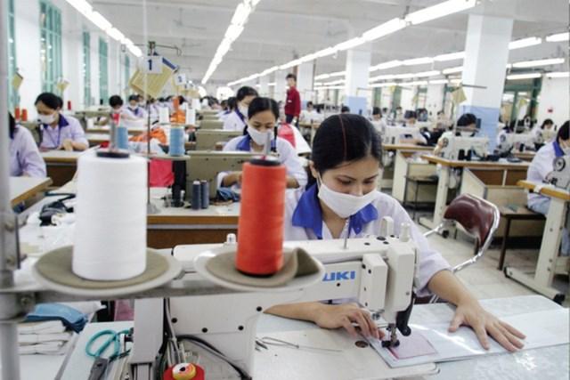 Tránh nguy cơ vi phạm cam kết lao động