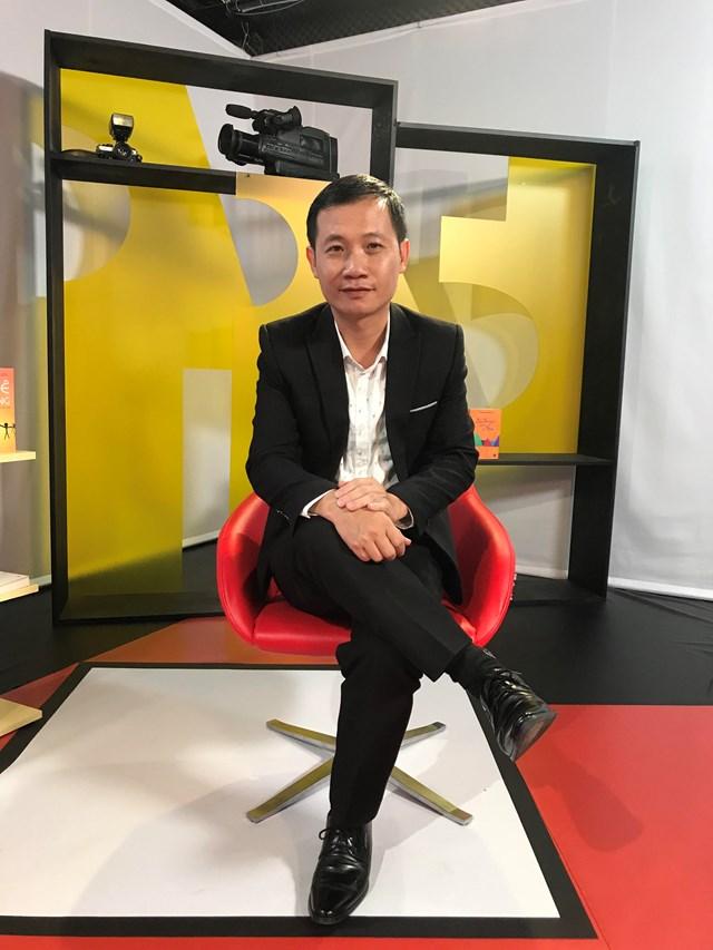 Nhà nghiên cứu âm nhạc Nguyễn Quang Long: Âm nhạc là lăng kính của thời đại