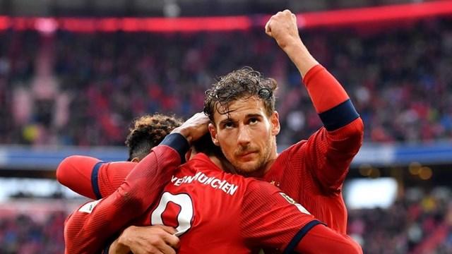 Dortmund mất điểm, Bayern chỉ còn cách ngôi vương 1 trận thắng