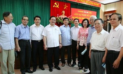 Bí thư Hà Nội hứa lắng nghe trí thức, văn nghệ sỹ