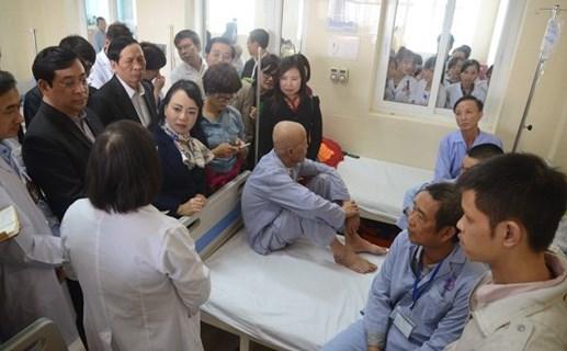 Bệnh nhân phản ánh bức xúc với Bộ trưởng Tiến
