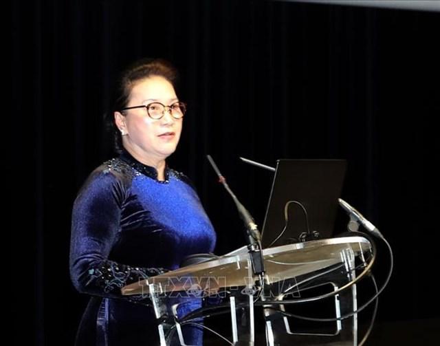 Chủ tịch Quốc hội Nguyễn Thị Kim Ngân thăm, làm việc với Nghị viện châu Âu