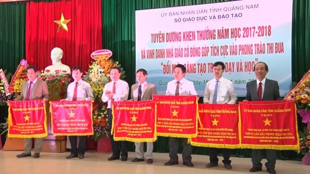 Quảng Nam: Vinh danh 76 thầy cô giáo tiêu biểu
