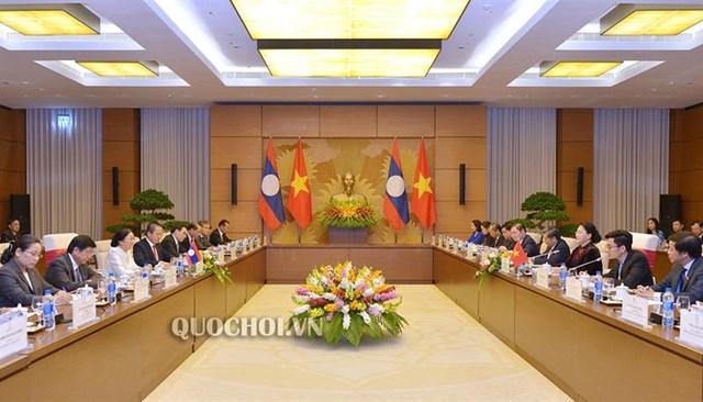 Chủ tịch Quốc hội Nguyễn Thị Kim Ngân làm việc với Chủ tịch Quốc hội Lào - 1