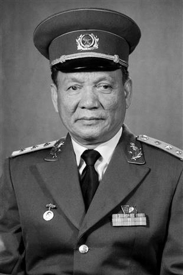 Đại tướng Lê Đức Anh kể về bối cảnh được kết nạp vào Đảng Cộng sản Việt Nam