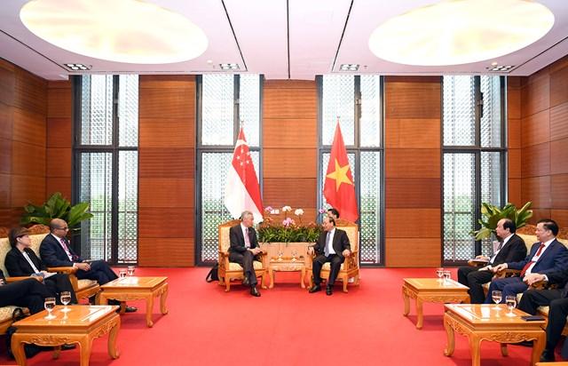 Thủ tướng Nguyễn Xuân Phúc tiếp Thủ tướng Singapore Lý Hiển Long - 1