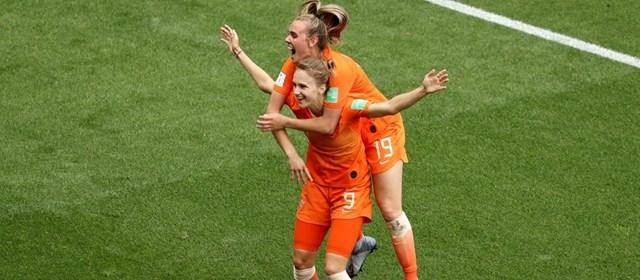 World Cup nữ 2019: Thêm 2 đội tuyển sớm vào vòng knock-out - 1