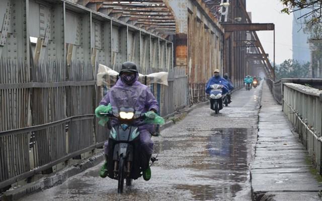 Bắc Bộ mưa rét, Nam Bộ nắng nóng