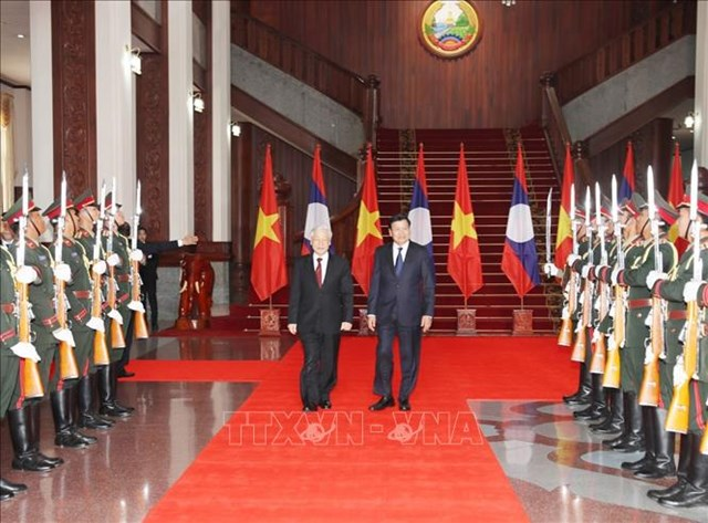 Tổng Bí thư, Chủ tịch nước hội kiến Thủ tướng Chính phủ, Chủ tịch Quốc hội Lào