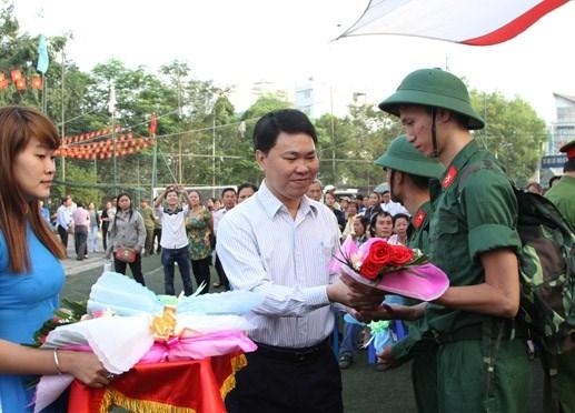 Hơn 18.000 thanh niên Quân khu 7 lên đường nhập ngũ - 1