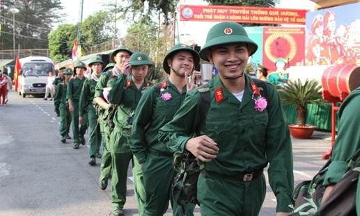 Hơn 18.000 thanh niên Quân khu 7 lên đường nhập ngũ - 11