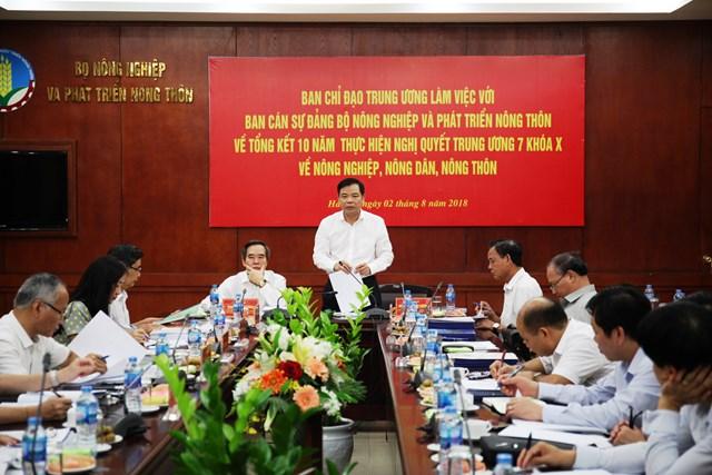Trưởng Ban Kinh tế Trung ương làm việc với Bộ NNPTNT - 1