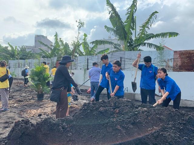 Nét đẹp mô hình 'Tổ tự quản chăm sóc công viên' tại phường Tân Sơn Nhì - 1