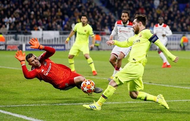 Champions League: Xác định 2 tấm vé cuối vào tứ kết - 1