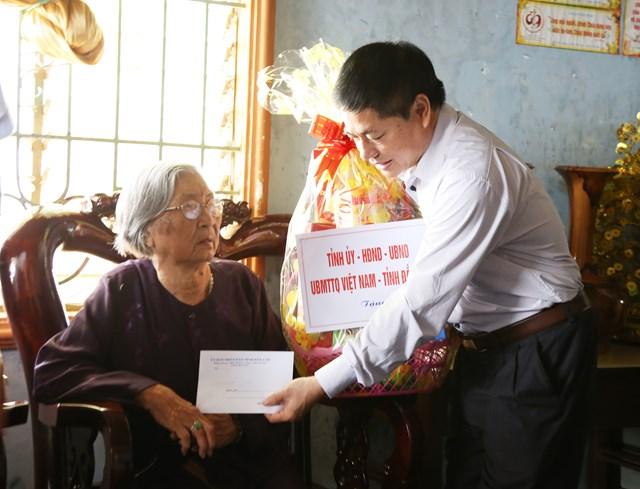 Đắk Lắk: Lãnh đạo tỉnh thăm các Mẹ Việt Nam Anh hùng