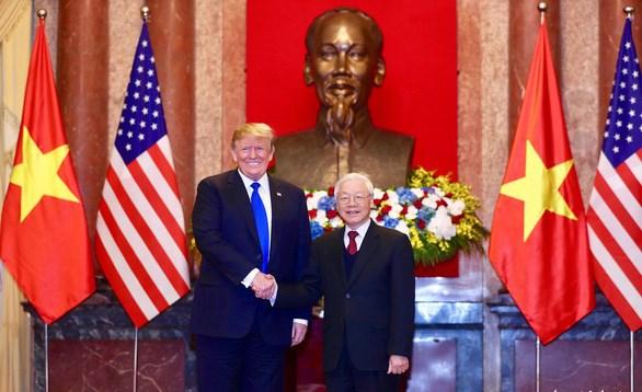 Tổng thống Trump chứng kiến lễ ký hợp đồng mua 100 tàu bay giữa Vietjet và Boeing