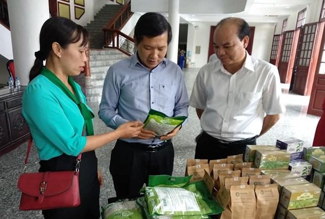 Thái Bình: Người tiêu dùng đặt niềm tin vào hàng Việt - 2