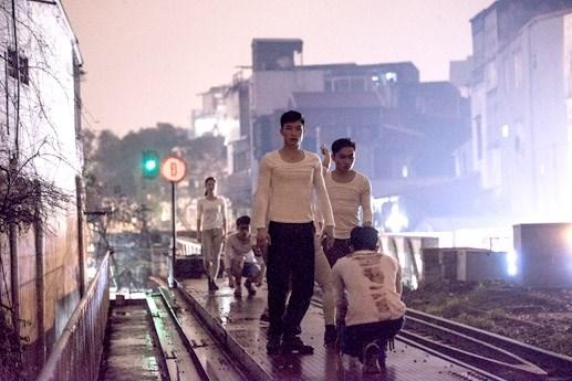 Nghệ sĩ Hàn Quốc hoài niệm về ga Long Biên