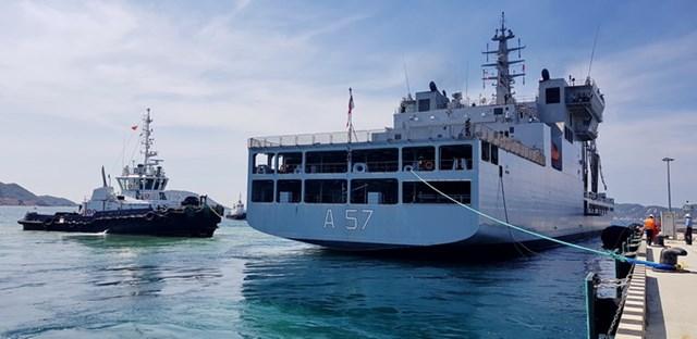 Khánh Hòa: Tàu Hải quân Ấn Độ cập Cảng quốc tế Cam Ranh - 1
