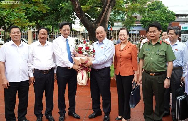 [ẢNH] Thủ tướng Nguyễn Xuân Phúc tiếp xúc cử tri Hải Phòng - 2