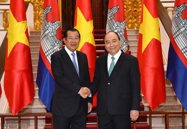 Hai Thủ tướng Việt Nam, Campuchia hội đàm