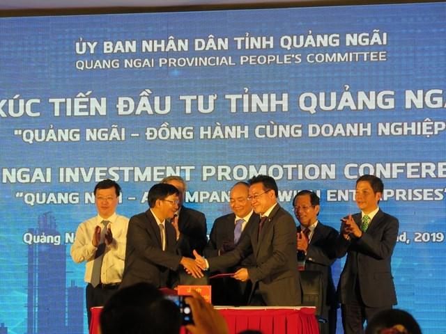 Thủ tướng chứng kiến dòng vốn đầu tư mới vào Quảng Ngãi - 2
