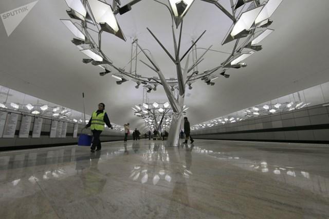 [ẢNH] Kỷ niệm 84 năm 'Moscow Metro': Chuyến tàu vượt 'thời gian' đẹp nhất thế giới - 10