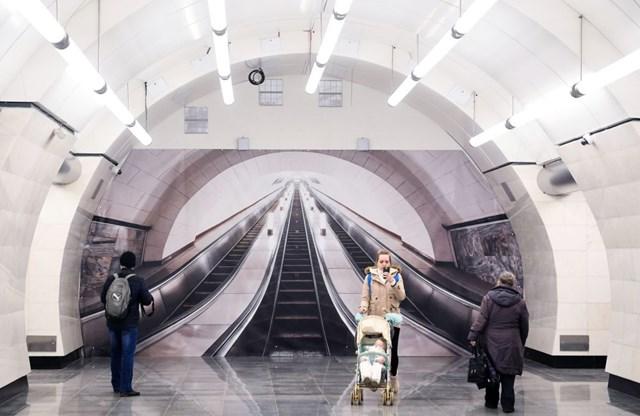 [ẢNH] Kỷ niệm 84 năm 'Moscow Metro': Chuyến tàu vượt 'thời gian' đẹp nhất thế giới - 15
