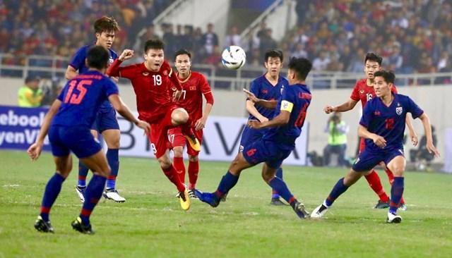 Thách đấu Việt Nam, bóng đá Thái Lan 'làm nóng' King's Cup