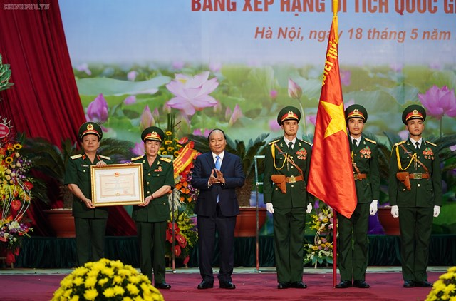 Thủ tướng trao phần thưởng cao quý cho Binh đoàn 12 - 2